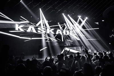 Kaskade Performs in Toronto