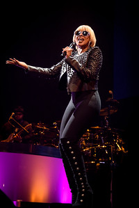 Mary Jane Blige Performs in Toronto