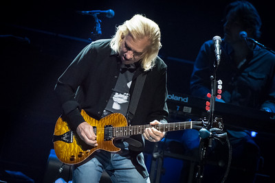 The Eagles Perform in Toronto