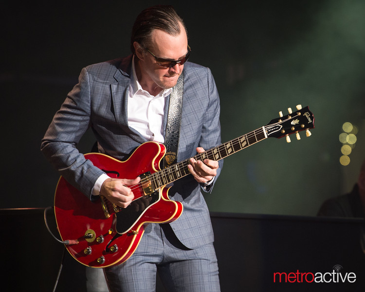 Joe Bonamassa- Three Kings Tour- Shoreline Amphitheater- August 22, 2015