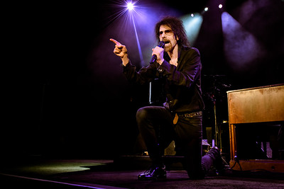 Peter Wolf Performs in Toronto