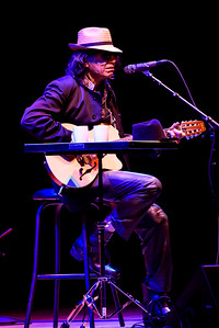Rodriguez Perform in Toronto