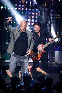 Simple Minds Perform in Toronto
