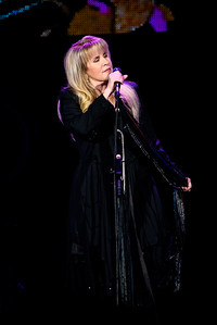 Stevie Nicks Performs in Toronto
