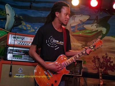 The J O B  Band 075