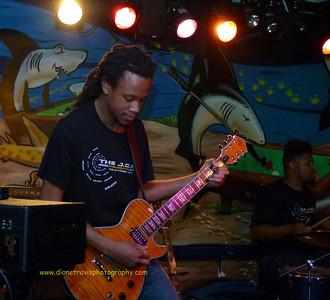 The J O B  Band 028