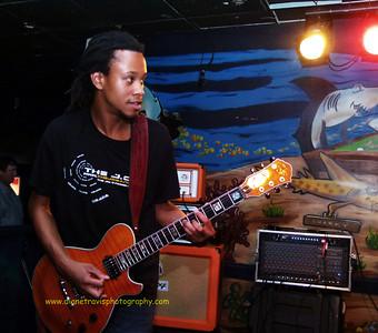 The J O B  Band 041
