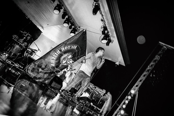 Hector Bizerk at kelvingrove Bandstand
