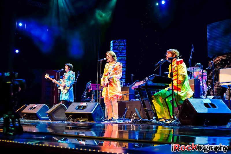 Bootleg Beatles, live in Manila...