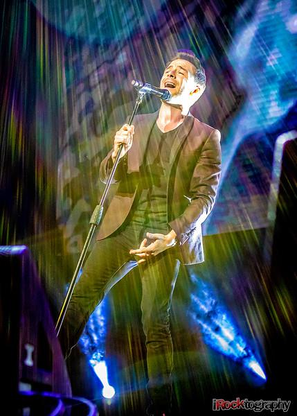 Shane Filan live in Manila...