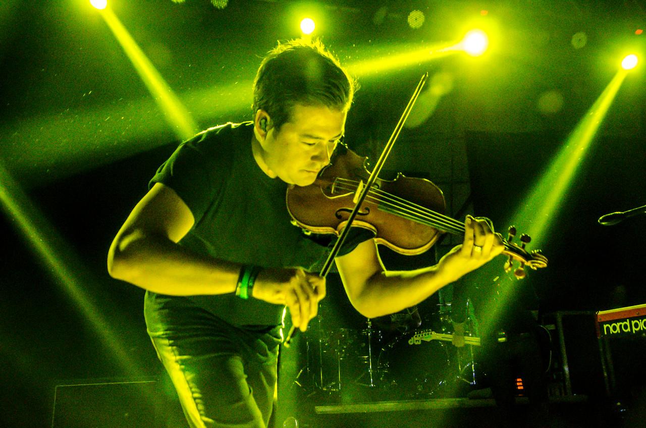 Yellowcard, live in Manila