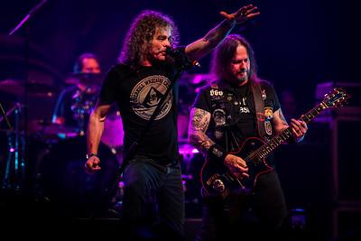 Bobby Blitz (Overkill) and Gary Holt Exodus/Slayer) - Metal Allegiance