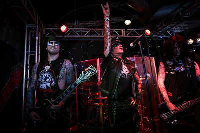 Faster Pussycat @ The Slidebar – 10/10/2015