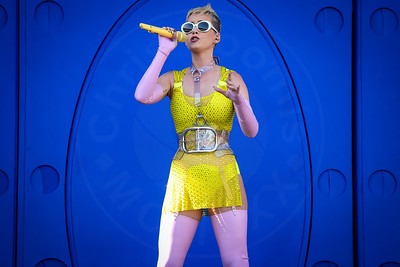 Katy Perry performs at 102.7 KIIS FM's WANGO TANGO at Stubhub Center on May 13, 2017 in Carson, California.