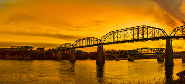 Golden Glow Chattanooga skyline