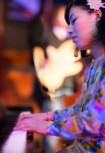 Yukari Sekiya (Piano)