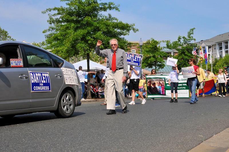 Congressman Roscoe Bartlett joined in the Kentland Day festivities.
