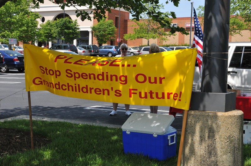 Tea Party Rally held at Lowes Kenlands