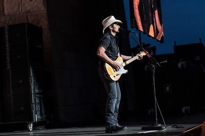 Brad Paisley/Ellen DeGeneres Benefit for the Montecito Mudslide Victims