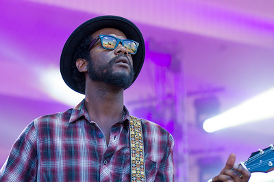 Gary Clark Jr. plays Lollapalooza