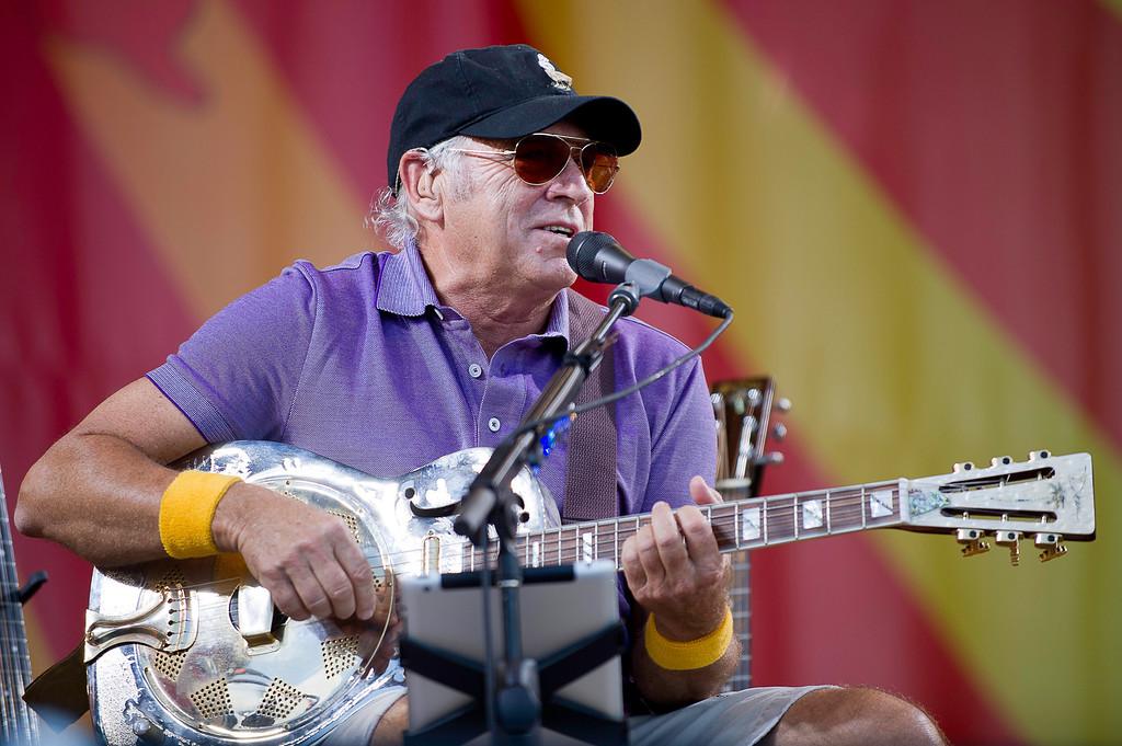 Jimmy Buffett-Acoustic-012