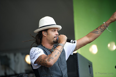 Michael Franti & Spearhead-022