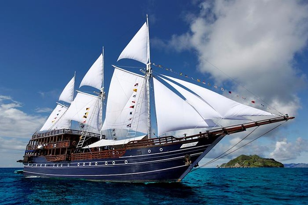 Raja Ampat Luxury Liveaboards