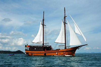 Luxury Similan Islands Liveaboards