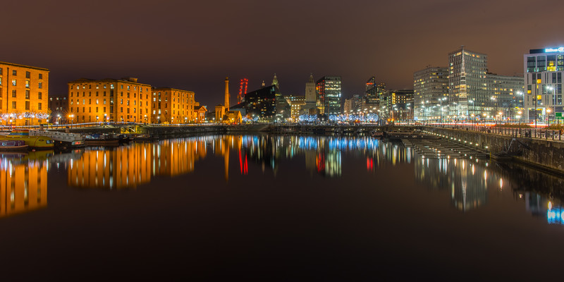 Salthouse Dock, Liverpool at Night