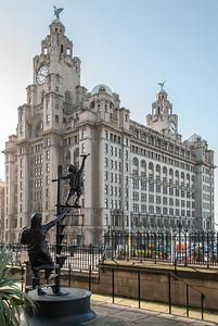 Liverpool 'Blitz' Memorial by Sculptor Tom Murphy