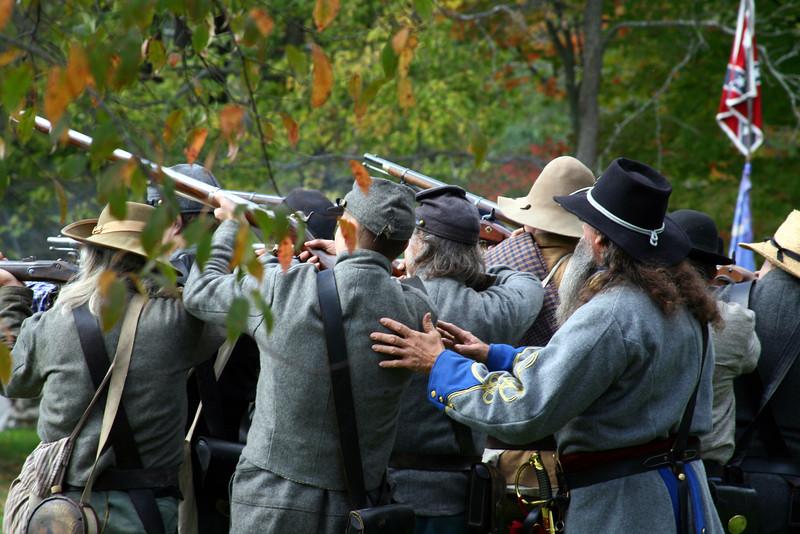 Civil war soldiers during battle.
