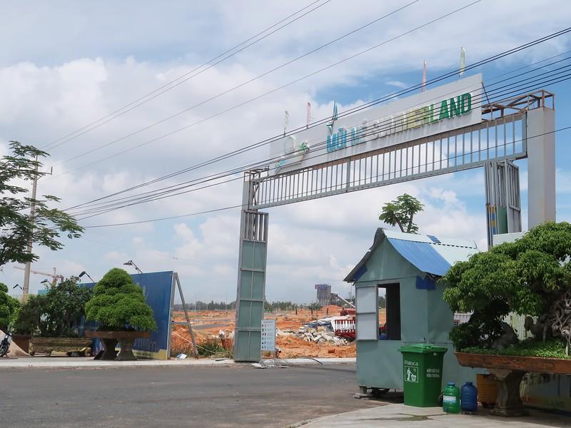 Mui Ne Summerland construction entrance