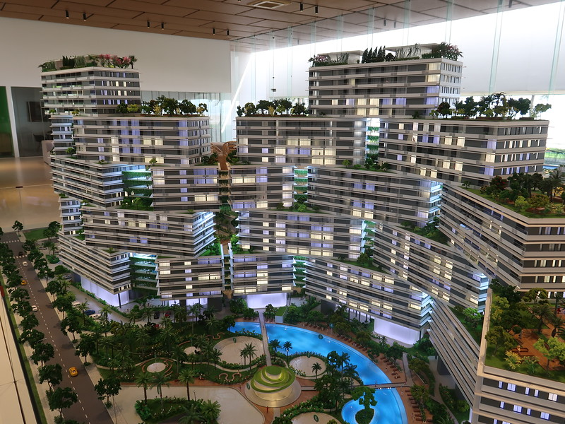 Thanh Lnog Bay - model of stacked tower blocks