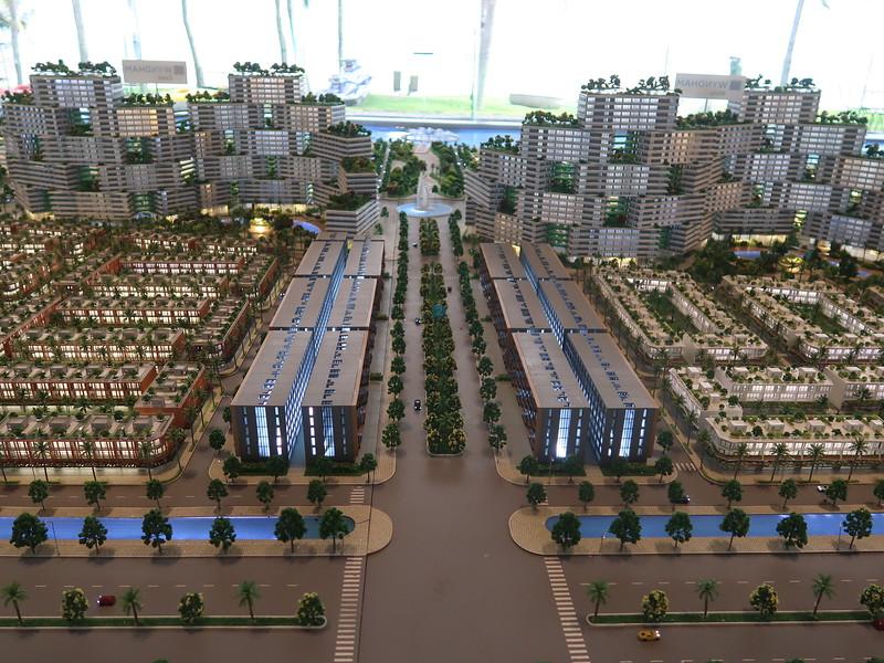 Thanh Long Bay - model of main entrance