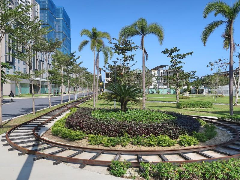 Rail link to the beach