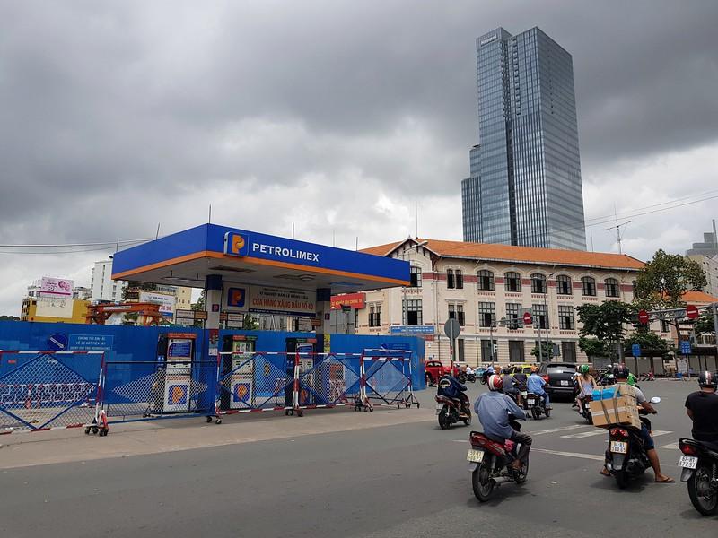 Petrol station at Quach Thi Trang Square