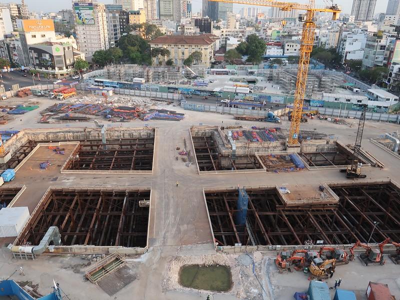 Ben Thanh metro site.