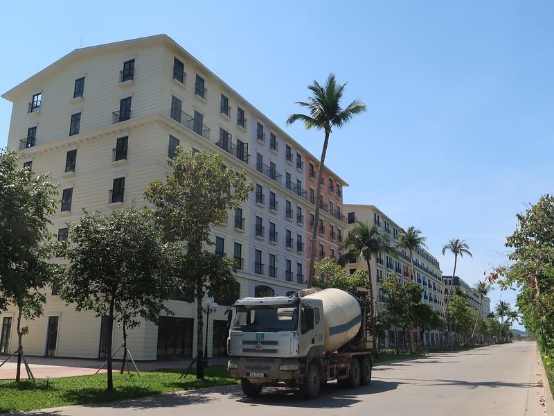 Concrete truck at Marina Square