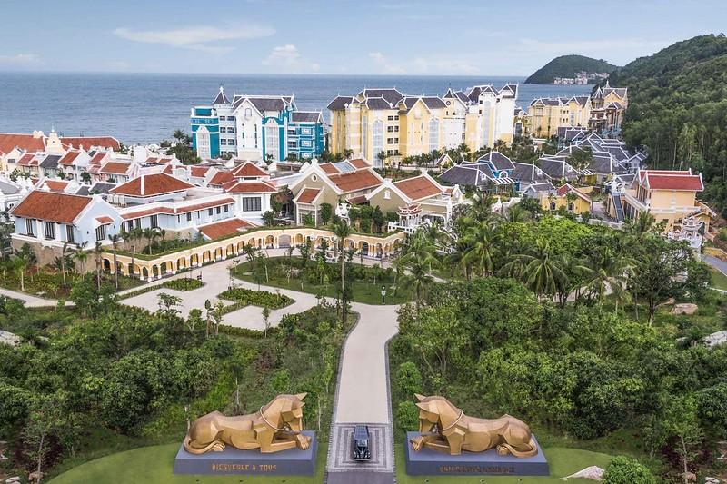 Lamarck University entrance at JW Marriott Phu Quoc Emerald Bay