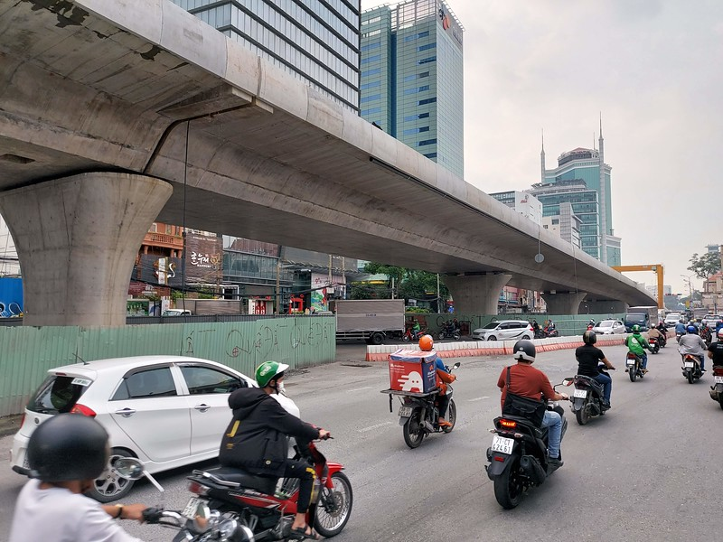 Thu Thiem 2 Bridge flyover