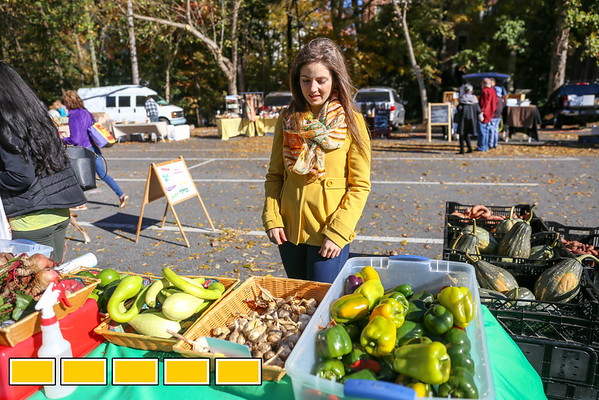Leah Galante, the outpatient dietitian for Northside Hospital takes us to the Peachtree Road Farmer's Market.