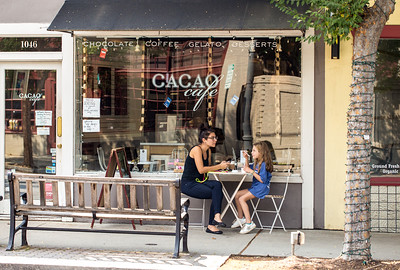 Virginia Highlands is pedestrian friendly.  Cacao Cafe is on N. Highland Ave. (Jenni Girtman / Atlanta Event Photography)