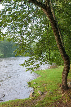 The Toccoa River flows from the Blue Ridge Dam and is one of the best fly fishing locations in the Southeastern United States.  The river and Blue Ridge Lake are used for many recreational purposes such as fishing, tubing, swimming, kayaking and hiking in the surrounding areas.