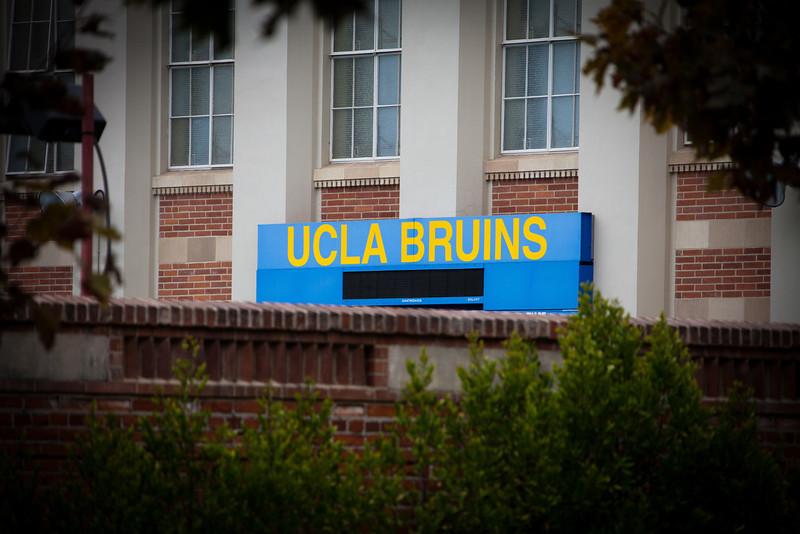 UCLA-001_(111025-123)