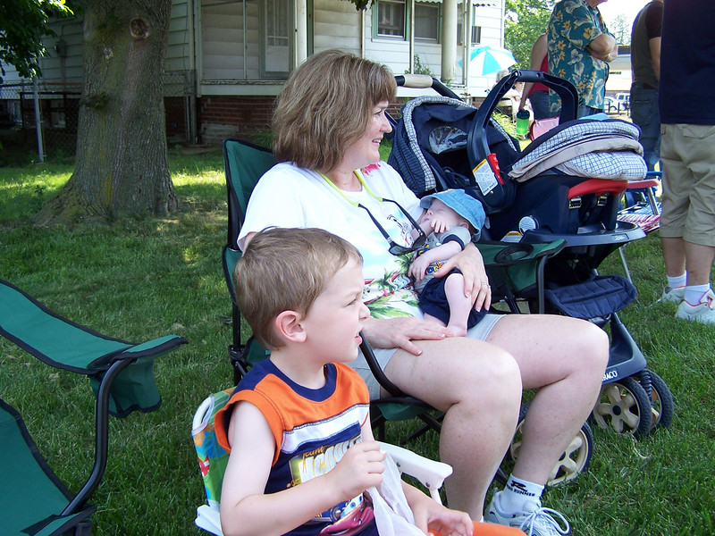 June 2, 2007 at noon - the 16th annual Point Place Days Parade kicks off on Summit Street.