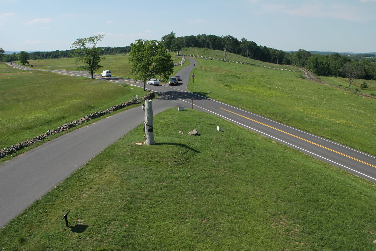 Intersection of Oak Ridge park road and the Mummasburg Road