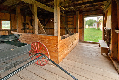 Tangen farm buggy shed