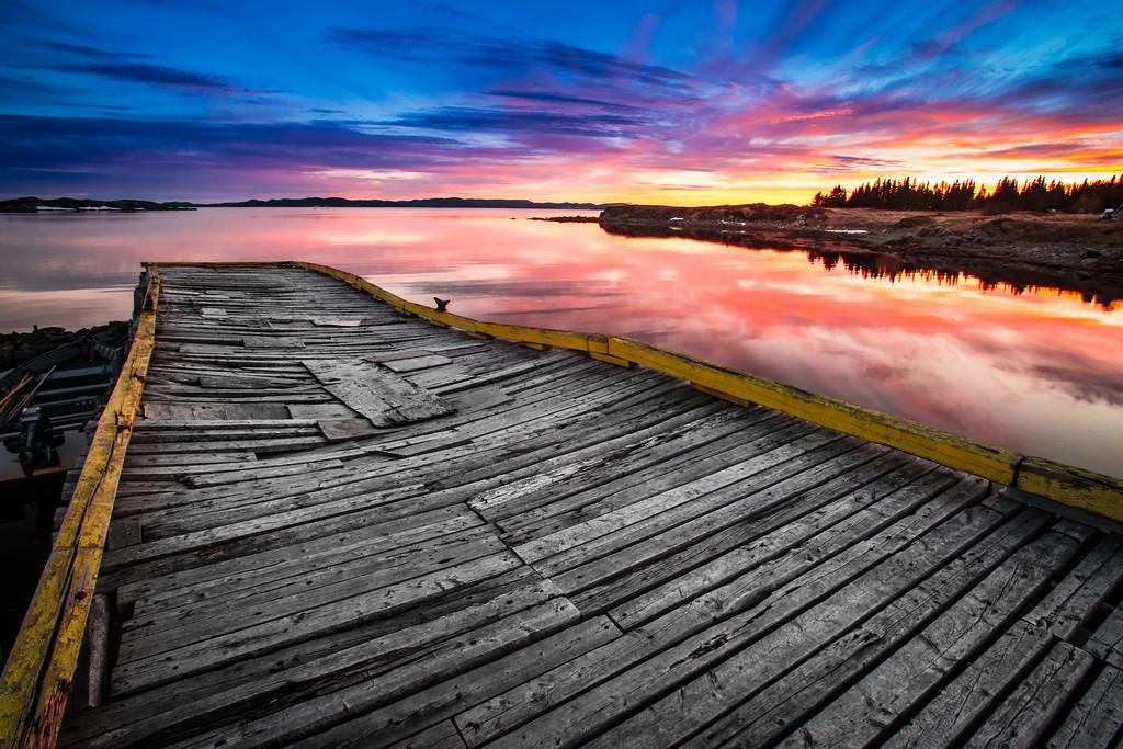 Couché de soleil sur un petit pont de pàcheur dans la baie de Twillinggate - Twillinggate - Terre Neuve -