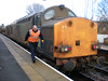 Crew man of the Rhtt passes 37 038