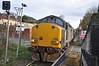 37 609 <br /> <br /> growls into Platform at Gypsy Lane